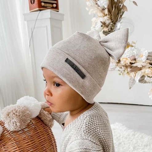 Extremely stylish girl beanie FASHIONISTA latte with woven golden thread