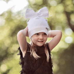 Extremely stylish girl beanie with a tulle FASHIONISTA white